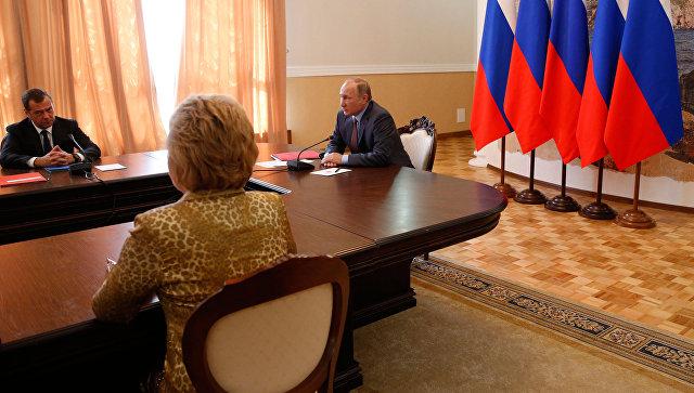 Президент России Владимир Путин проводит в Крыму совещание с постоянными членами Совета безопасности РФ. 19 августа 2016