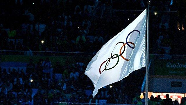Олимпийский флаг на XXXI летних Олимпийских игр в Рио-де-Жанейро. Архивное фото