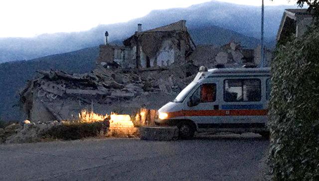 ВИталии в итоге землетрясения погибли шестеро