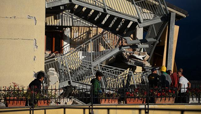 Путин выразил сожаления  Ренци всвязи с смертью  людей при землетрясении