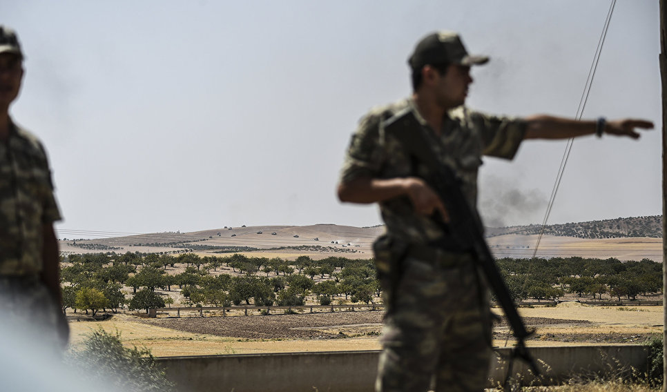 Турецкие солдаты на на границе с Сирией. 24 августа 2016