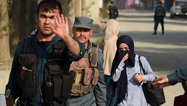 Террорист-смертник подорвался рядом созданием минобороны вКабуле