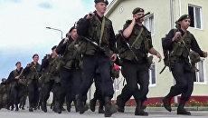Военнослужащие вооруженных сил РФ во время приведения в боевую готовность Полная