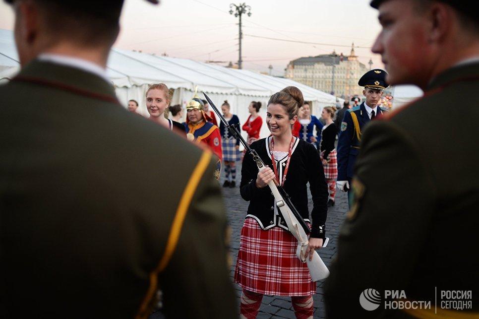 Путин поприветствовал участников фестиваля «Спасская башня»
