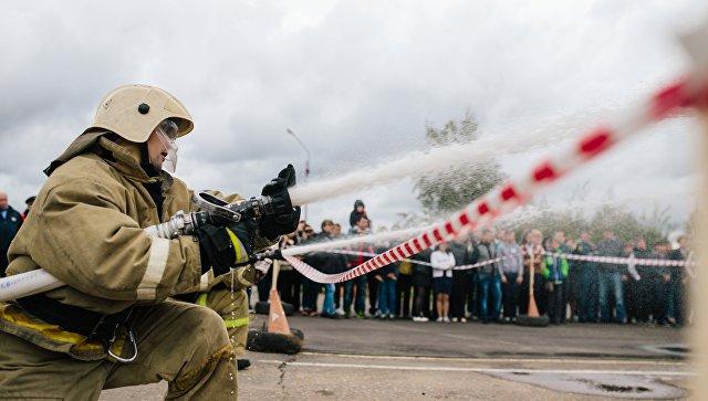 ВРостове-на-Дону полыхает дом: 40 человек эвакуировали