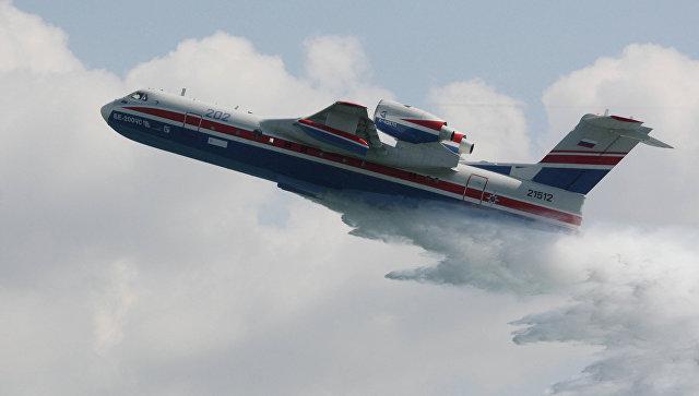 Многоцелевой самолет-амфибия Бе-200. Архивное фото
