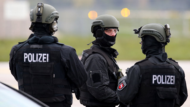 ВГермании эвакуируютТЦ из-за угрозы взрыва