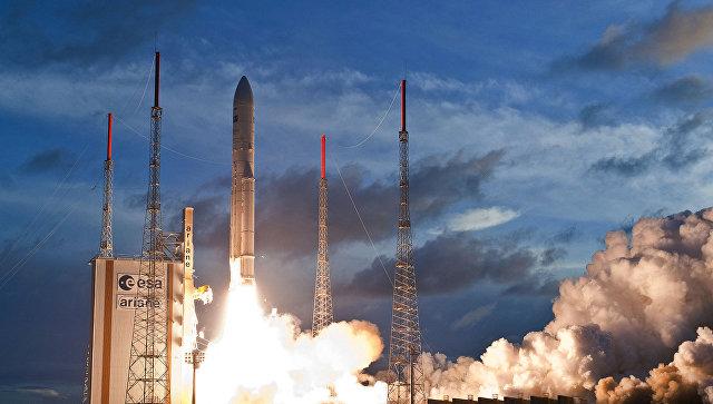 Европейская ракета-носитель Ариан-5. Архивное фото