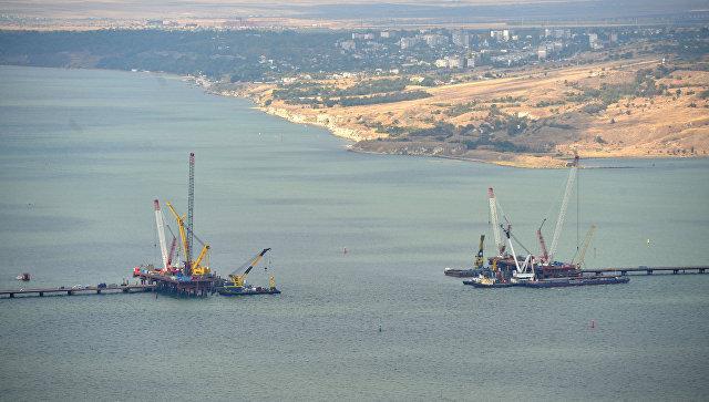 «Мост обеспечит полноценную интеграцию Крыма вобщую транспортную систему страны»— Владимир Путин