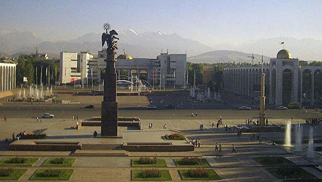 Вид на площадь Ала-Тоо в Бишкеке. Архивное фото