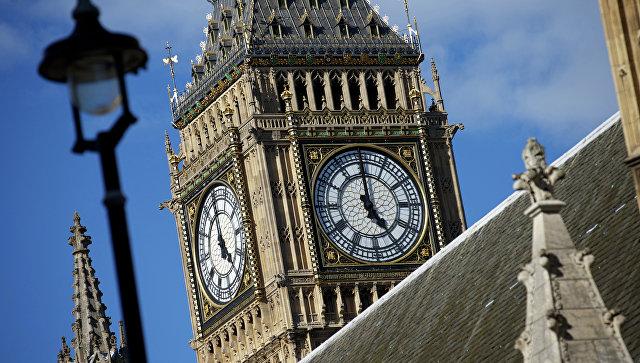 В Лондоне в результате инцидента у парламента пострадали пешеходы