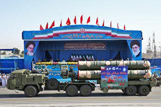 ЗРК С-300 на военным параде в Тегеране