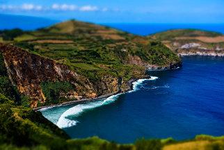 Побережье острова Сан-Мигель. Остров входит в состав архипелага Азорские острова в Атлантическом океане