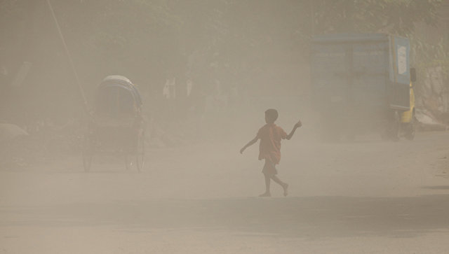 Из-за приближения циклона вБангладеш эвакуировали 300 000 человек