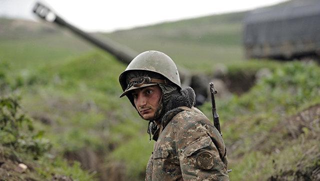 Солдат вооруженных сил Азербайджана. Архивное фото