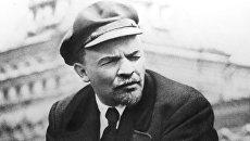 Владимир Ильич Ленин на празднике войск Всевобуча. 1919 год