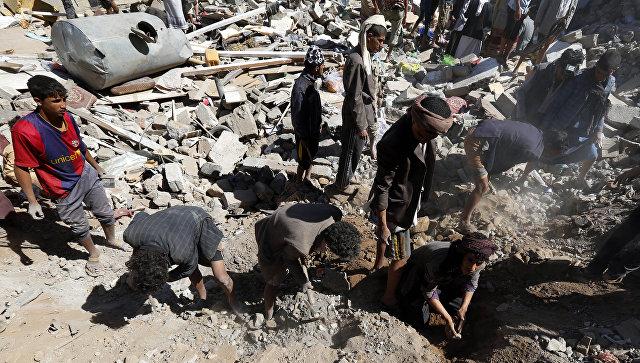 Авиаудар забрал жизни 140 человек встолице Йемена