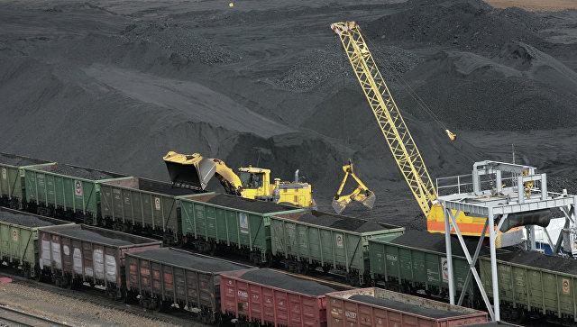 Доходы бюджета отэкспорта нефти ссамого начала года снизились на27%