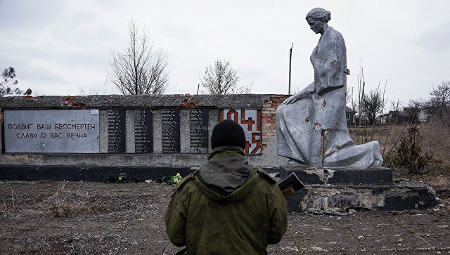 Боец ополчения ЛНР. Архивное фото