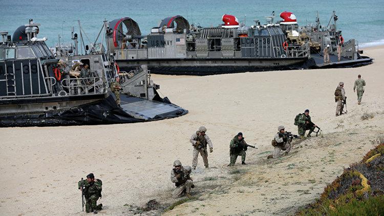 Столтенберг назвал учения НАТО на юге Европы предупреждением для России