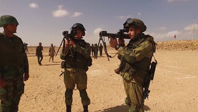 Стрельба из пистолетов и гранатометов на учениях десантников ВС РФ и Египта