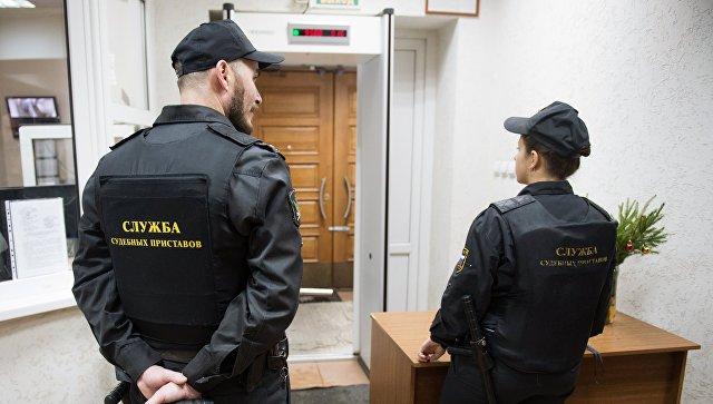 ВПриамурье сосужденного чиновника взыскали 37 млн рублей