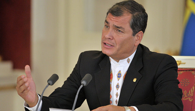 Экс-президент Эквадора вышел из правящей партии