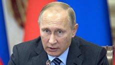 Президент РФ Владимир Путин проводит заседание Совета по межнациональным отношениям в Астрахани