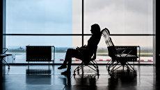 Пассажирка в аэропорту Кольцово в Екатеринбурге