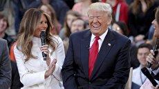 Меланья Трамп и ее муж Дональд Трамп во время шоу NBC Today