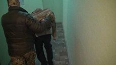 Кадры задержания подозреваемых в подготовке терактов в Москве и Петербурге