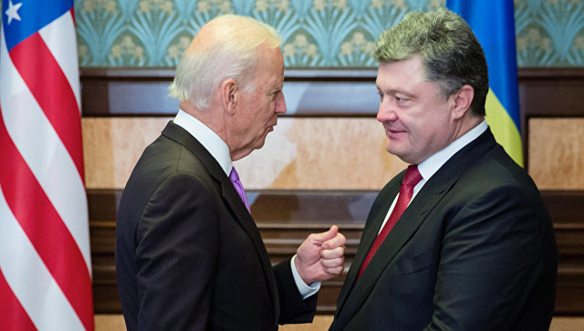 Байден встретится с Порошенко 15 января во время своего визита на Украину