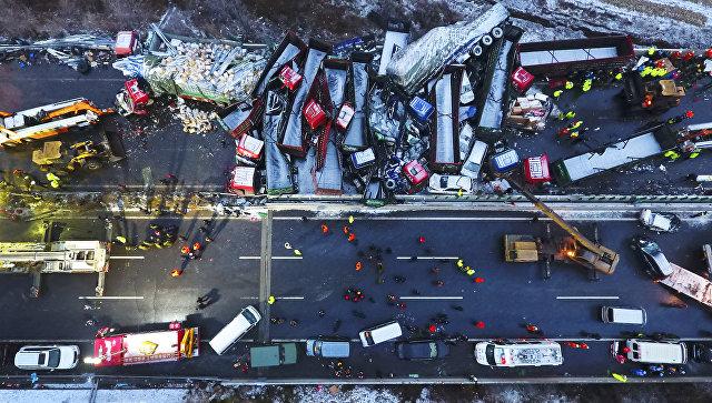 Серия из13 уличных аварий в КНР унесла жизни 5-ти человек