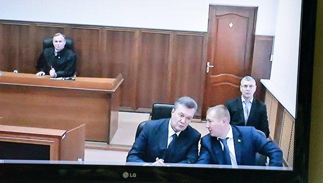 Луценко считает допрос Януковича «российской пиар-акцией»