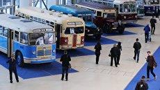 Посетители на выставке ЭкспоСитиТранс в Москве. Архивное фото