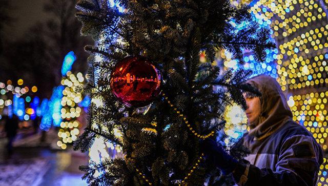 Новогодняя иллюминация на Тверском бульваре, украшенном к встрече Нового года. Архивное фото