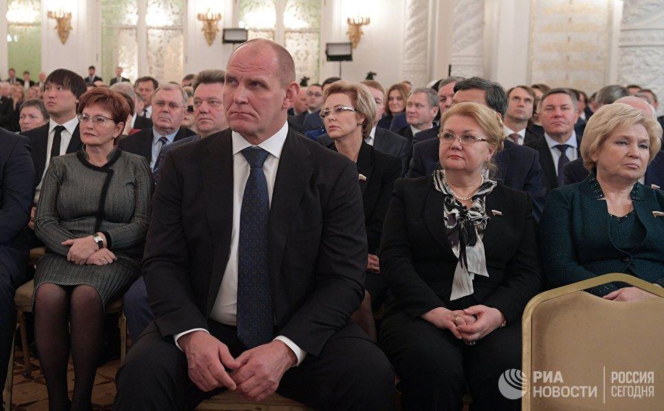Депутат Государственной Думы РФ Александр Карелин во время ежегодного послания президента РФ Владимира Путина Федеральному Собранию в Кремле