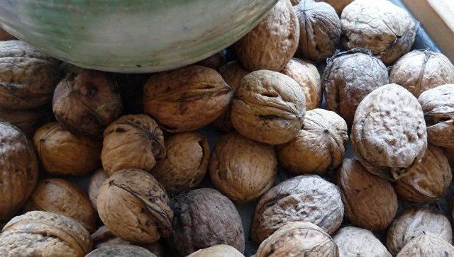 Китаец 25 лет использовал боевую гранату для колки орехов