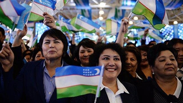 Митинг сторонников партии Узлидеп после выборов президента Узбекистана. Архивное фото