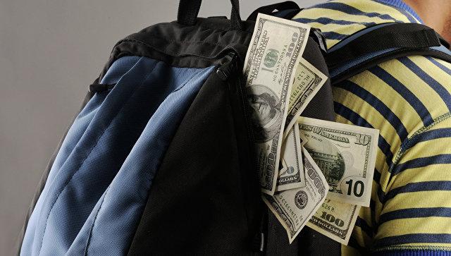 Подростки изОзёрска отобрали умужчины наулице млн