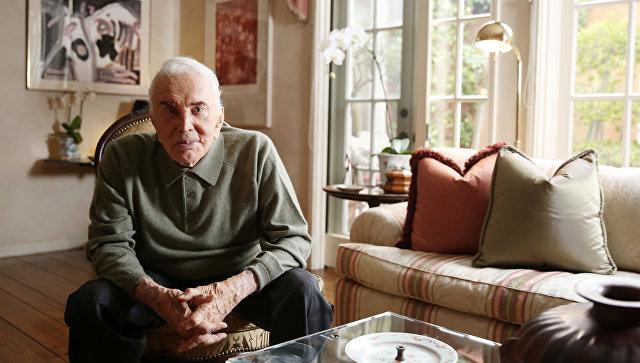 Старейший артист вмире Кирк Дуглас отпраздновал 100-й день рождения