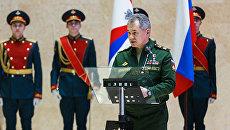 Министр обороны Сергей Шойгу открыл памятник Солдат Победы в Национальном центре управления обороной России в Москве. 9 декабря 2016