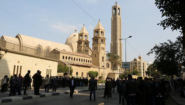 Причастность квзрыву уцеркви опровергают боевики, атаковавшие КПП вКаире