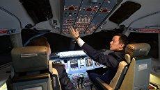Конкурс пилотирования пассажирского самолета Sukhoi Superjet 100. Архивное фото