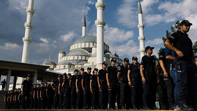 Полиция в Анкаре разогнала несогласованный митинг в честь крупного теракта