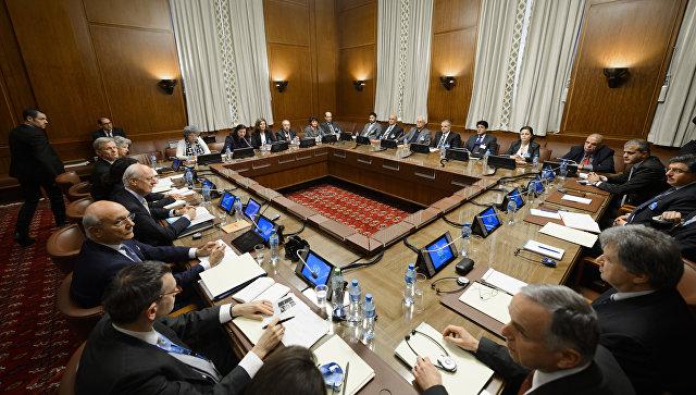 Во время переговоров по Сирии в отделении ООН в Женеве. Архивное фото