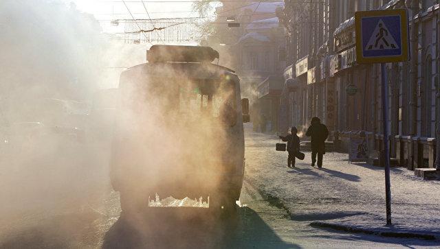 Замерзли тормоза: рейсовый автобус с23 пассажирами съехал вкювет под Томском