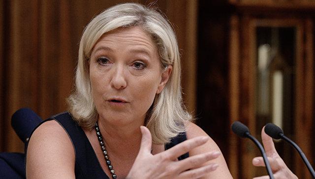 Французский политик Мари Ле Пен. Архивное фото.