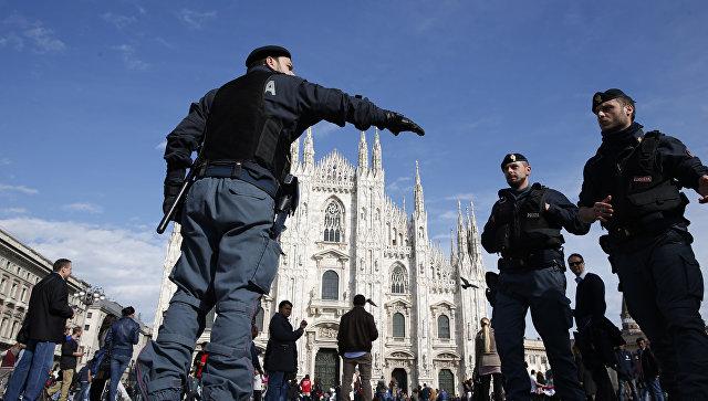 Полицейские в Италии. Архивное фото