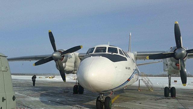 Самолет свахтовиками вернулся ваэропорт из-за отказа мотора